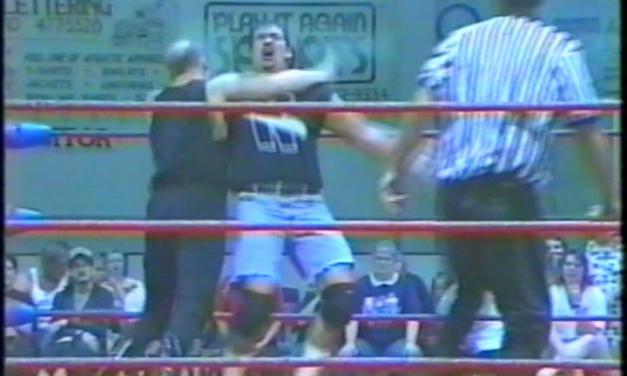 """Dangerous"" Darin Davis vs. K-Train (Aug 1998)"
