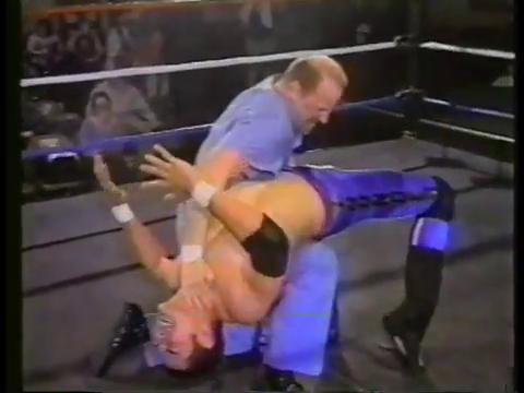 Dr. Darin Davis vs. Robbie Thunder (Oct 13, 2001)